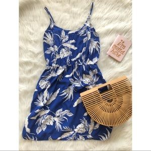 | Old Navy | Blue & White Tropical Floral Dress